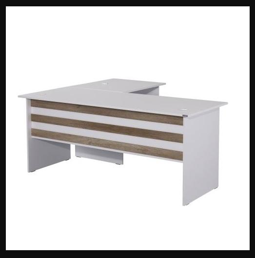 Tek parça beyaz ofis masası