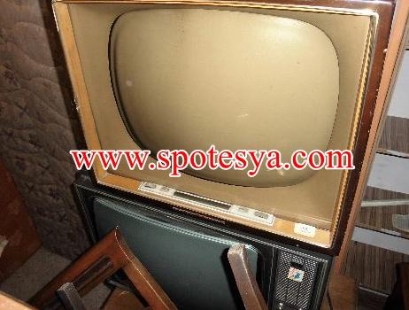 Antika tüplü televizyon arayanlar