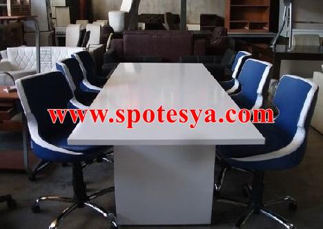6 kişilik toplantı masasıgayet temiz