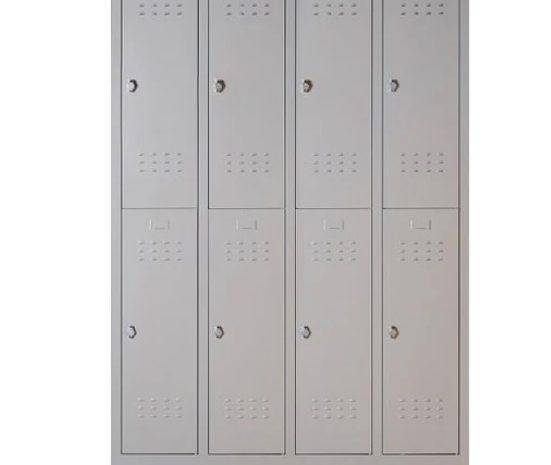 Personel ve işçiler için 8 kapılı soyunma dolabı. Ebatlar: 200 x 128 x 38 cm